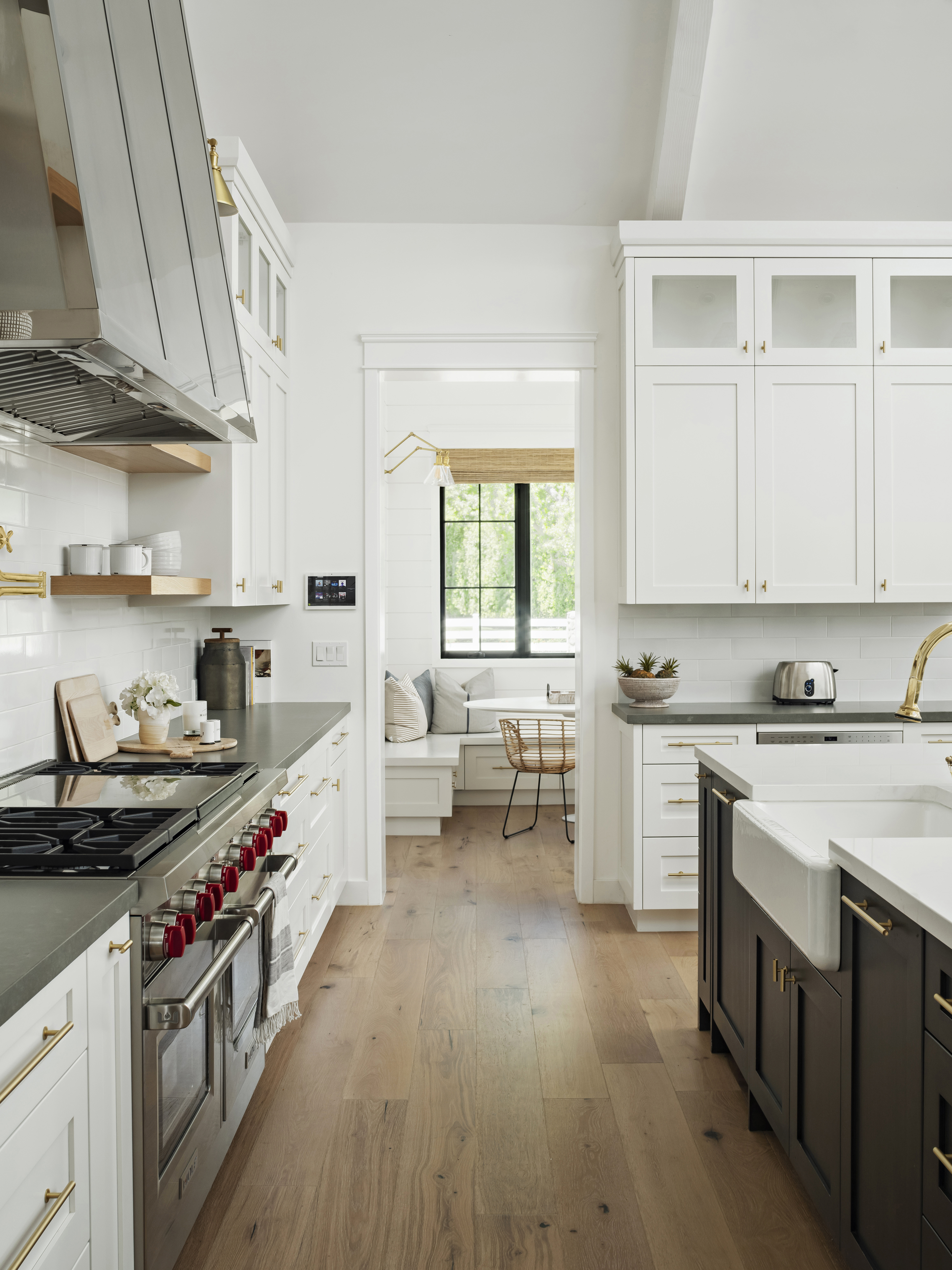 http://www.rafterhouse.com/wp-content/uploads/2020/01/Misc.-Interior-Design_3-web-cropped.jpg
