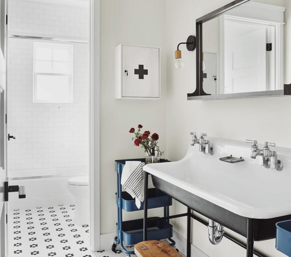 RR-Early Avery Rafterhouse hall bath
